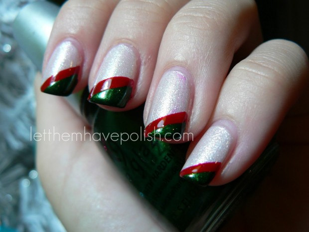 23 Amazing Christmas Nail Design Ideas (2)