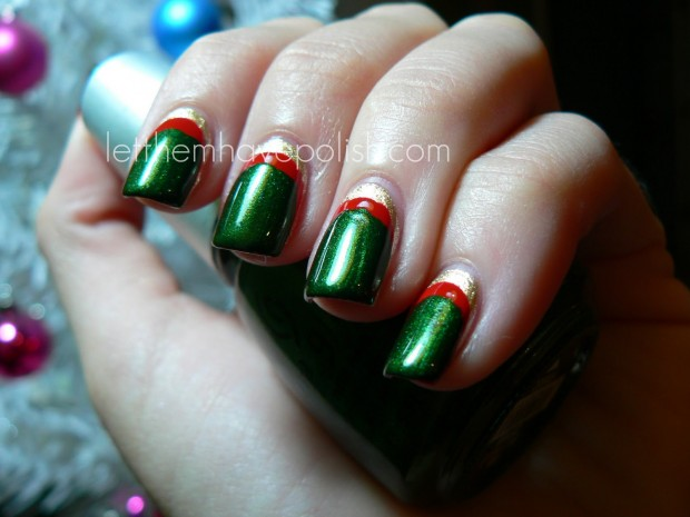 23 Amazing Christmas Nail Design Ideas (3)