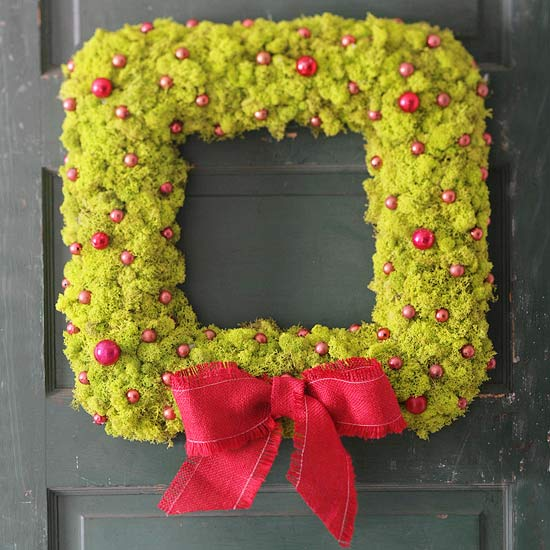 23 great diy christmas wreath ideas style motivation - Awesome christmas wreath with homemade style ...
