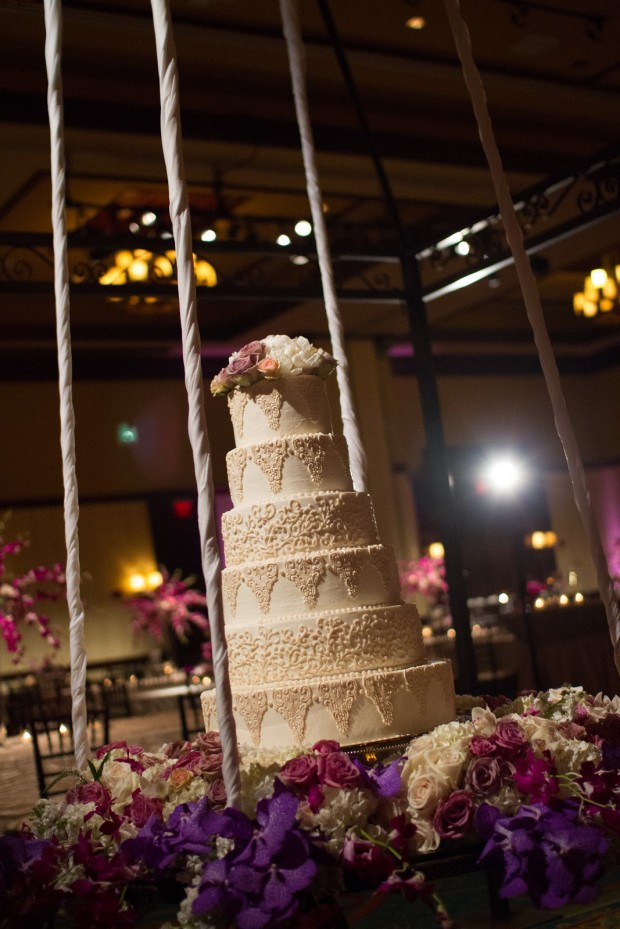 25 Amazing Wedding Cake Decoration Ideas for Your Special Day (20)