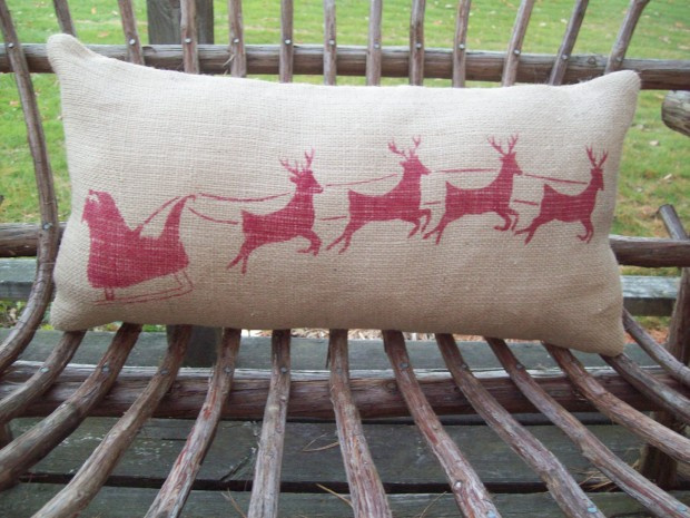 26 Awesome Handmade Christmas Pillows and Covers (20)