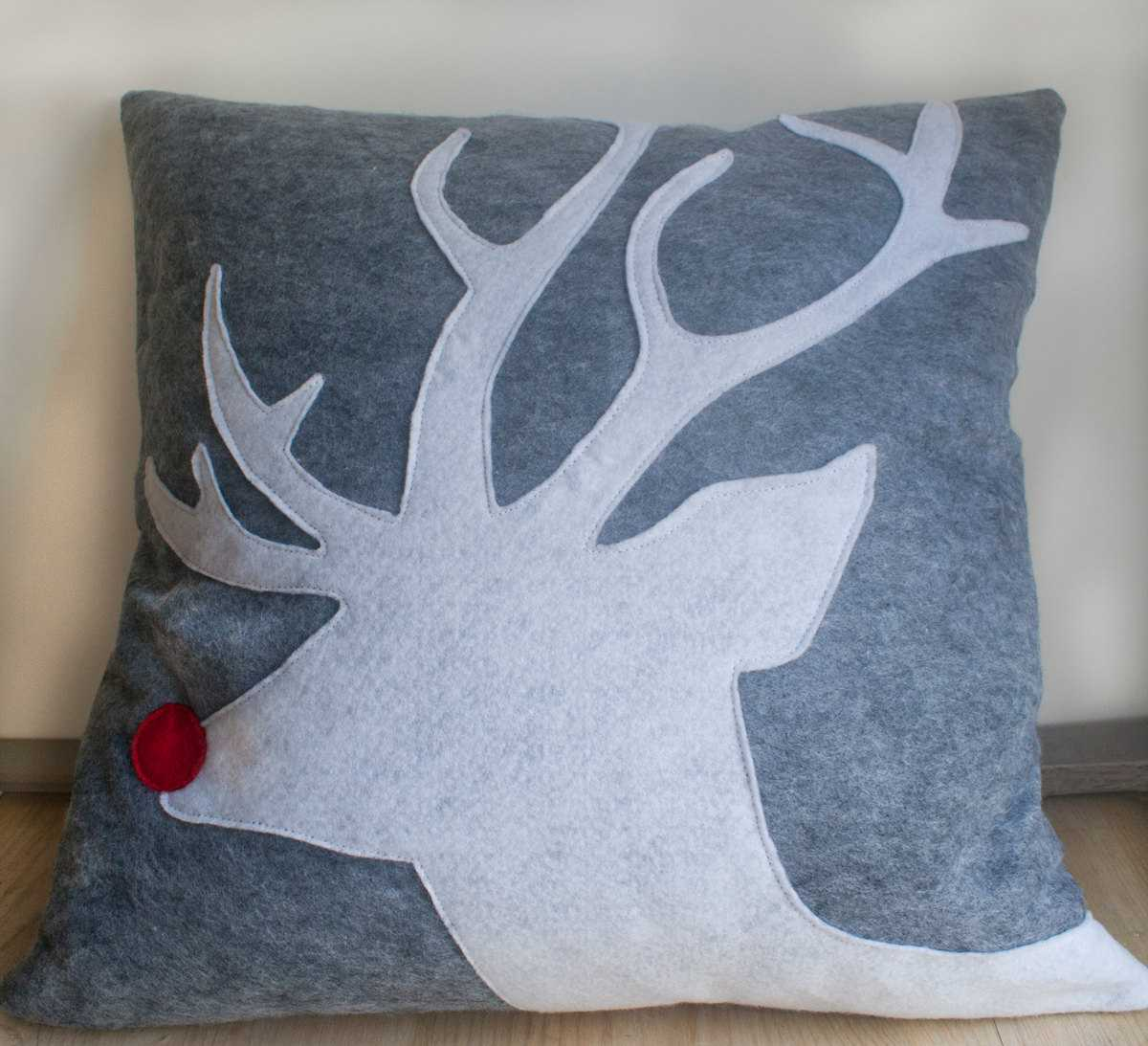 26 Awesome Handmade Christmas Pillows and Covers & 26 Awesome Handmade Christmas Pillows and Covers - Style Motivation pillowsntoast.com