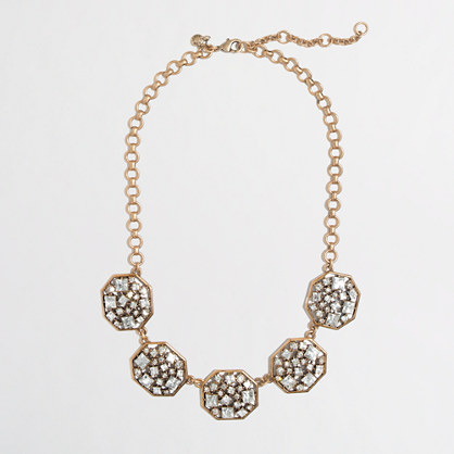 Statement Necklaces for Stylish Outfits