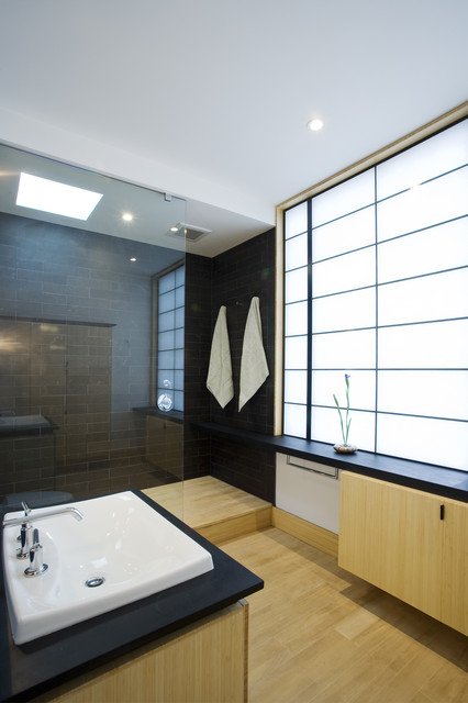 Peaceful Zen Bathroom Design Ideas for Relaxation in Your Home (11)
