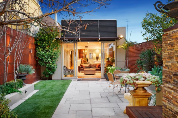 19 smart design ideas for small backyards style motivation for Backyard design ideas australia