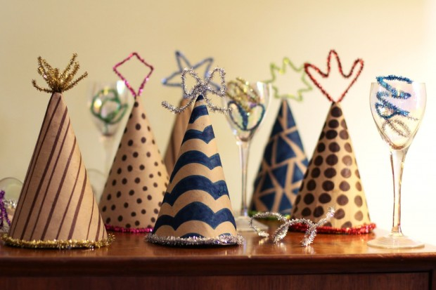 15 Amazing and Easy DIY New Year's Eve Party Decorations (10)