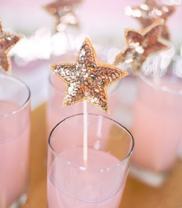 15 Amazing and Easy DIY New Year's Eve Party Decorations (7)