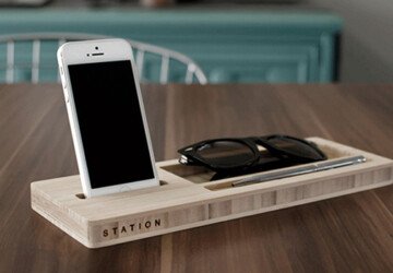15 Creative Handmade iPhone and iPad Stands - wooden, tablet, station, stand, smartphone, phone, iPhone, iPad, hi tech, gifts, dock, charging