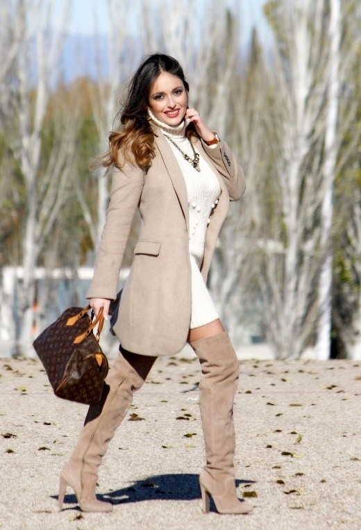 15 Stylish Winter Outfit Ideas with Boots (6)
