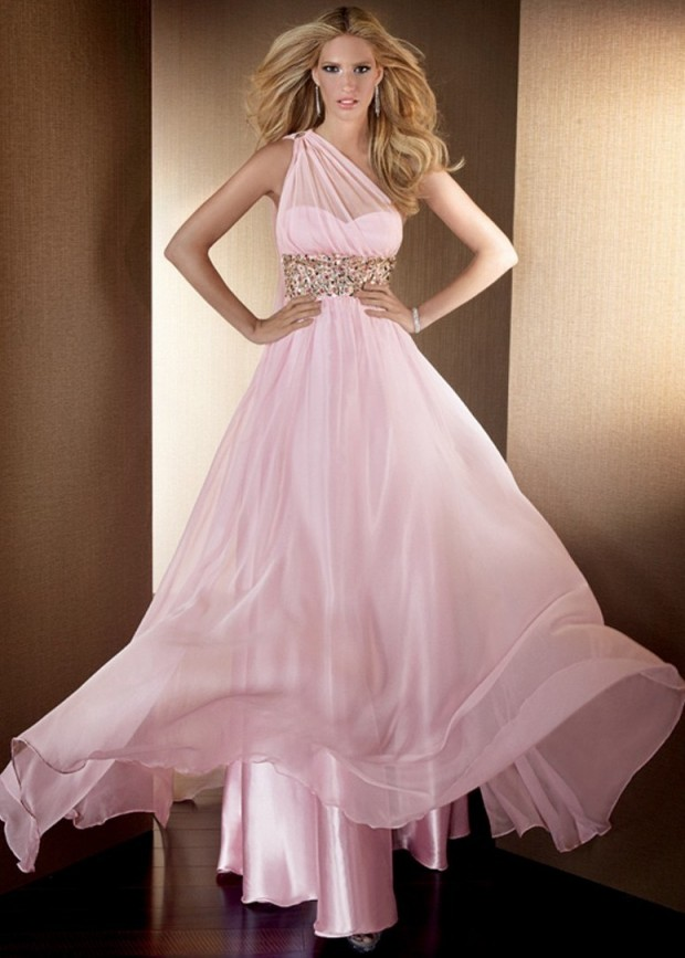 22 Extravagant Gowns for Special Occasions