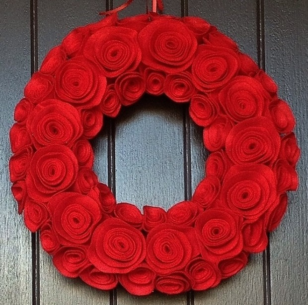 16 Beautiful Handmade Christmas Wreath Designs (10)