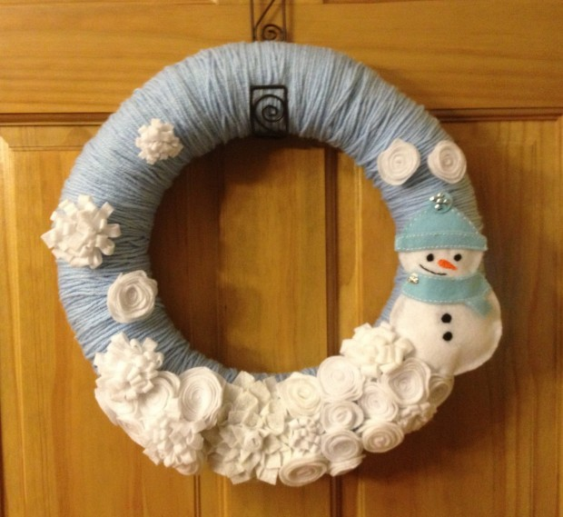 16 Beautiful Handmade Christmas Wreath Designs (11)