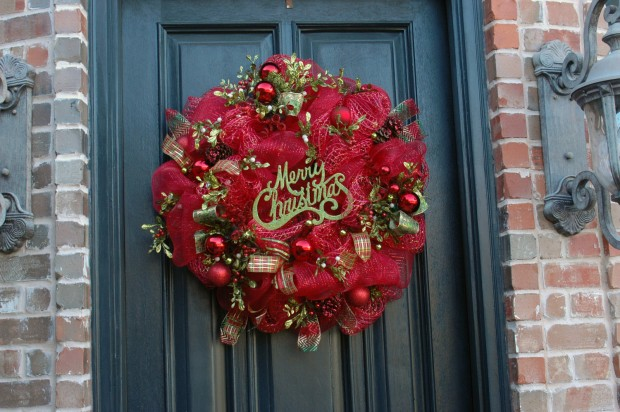 16 Beautiful Handmade Christmas Wreath Designs (15)