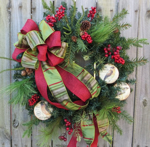 16 Beautiful Handmade Christmas Wreath Designs (4)