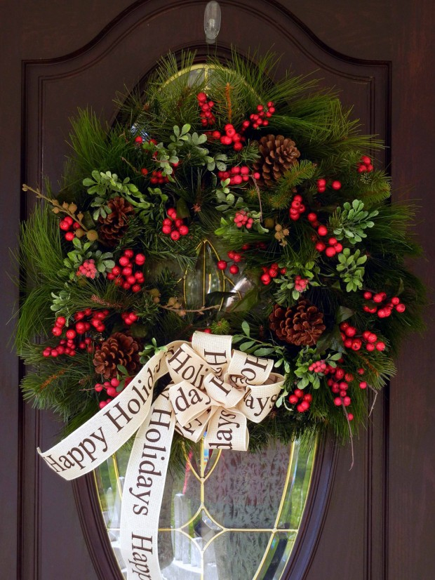 16 beautiful handmade christmas wreath designs style motivation - Awesome christmas wreath with homemade style ...