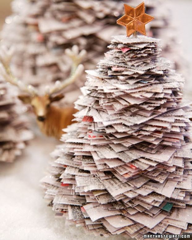 16 Creative and Unique DIY Christmas Trees (14)