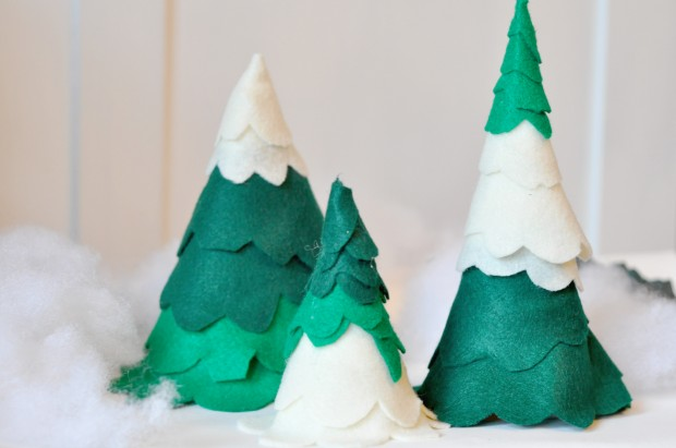 16 Creative and Unique DIY Christmas Trees