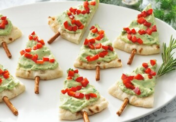 16 Tasty Appetizer Recipes Decorated in Christmas Colors - Christmas recipes, Christmas appetizers, Christmas, Appetizers