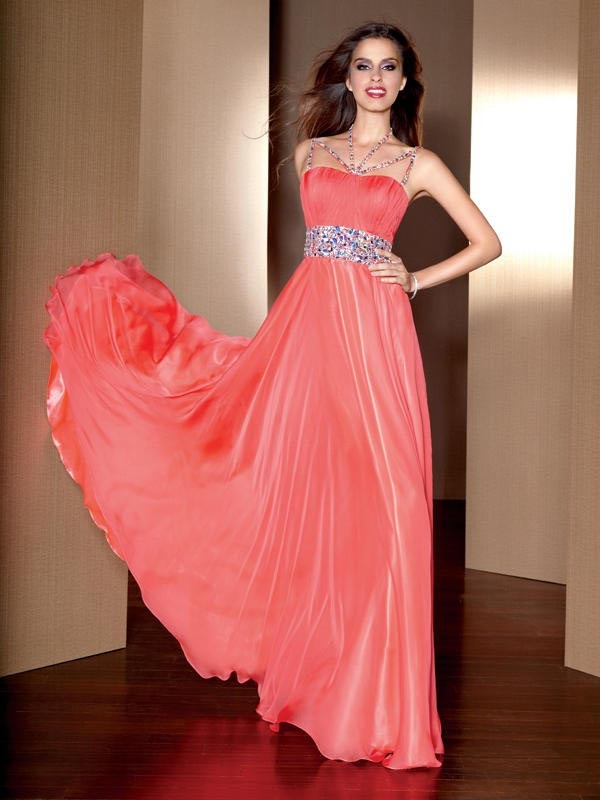 22 Extravagant Gowns for Special Occasions - Style Motivation