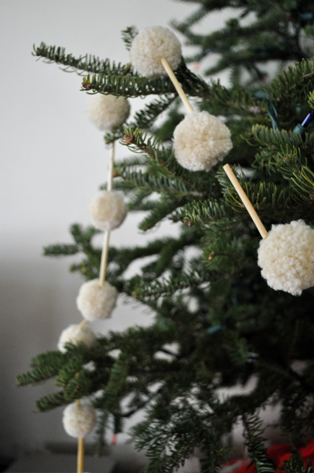 17 Amazing Ideas for DIY Christmas Garland (4)