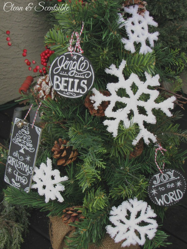 17 Cute and Easy DIY Christmas Ornaments (11)