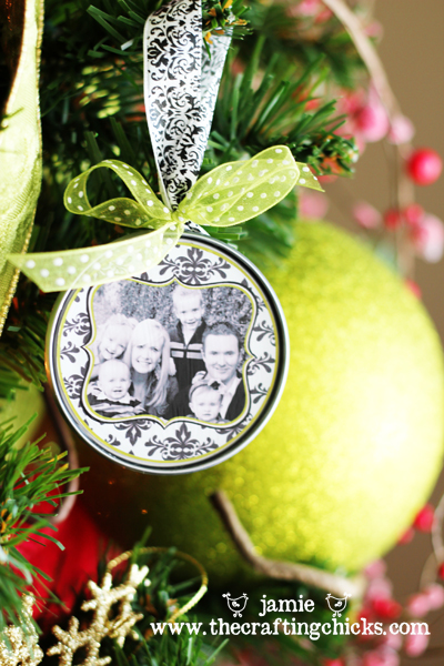 18 Awesome DIY Christmas Photo Ornaments (13)