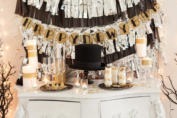 18 Awesome New Year's Eve Party Ideas18 Awesome New Year's Eve Party Ideas (5)