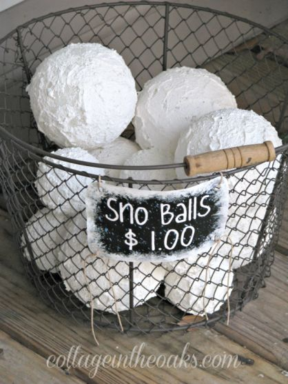 18 Easy DIY Winter Home Decor Projects   (9)