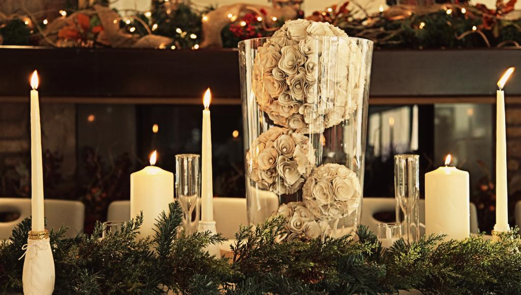 18 gorgeous christmas wedding decoration ideas style motivation junglespirit Image collections