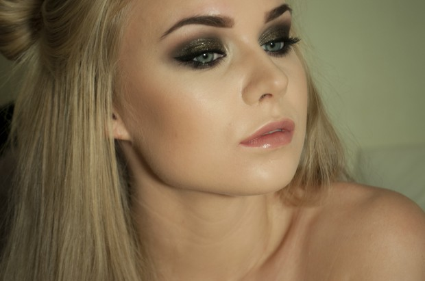 19 Glamorous Makeup Ideas and Tutorials for New Year Eve  (2)