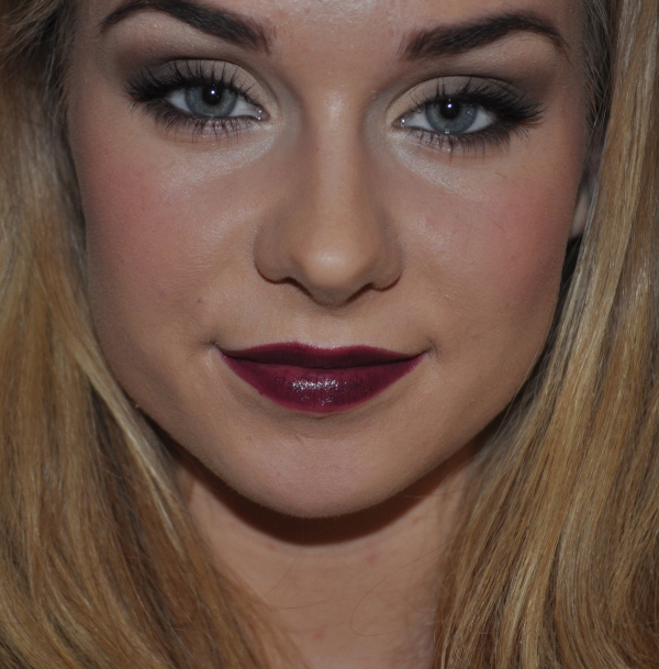 19 Glamorous Makeup Ideas and Tutorials for New Year Eve  (4)