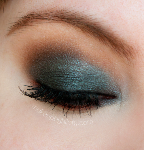 19 Statement Makeup Ideas and Tutorials for The Holiday Party Season (9)