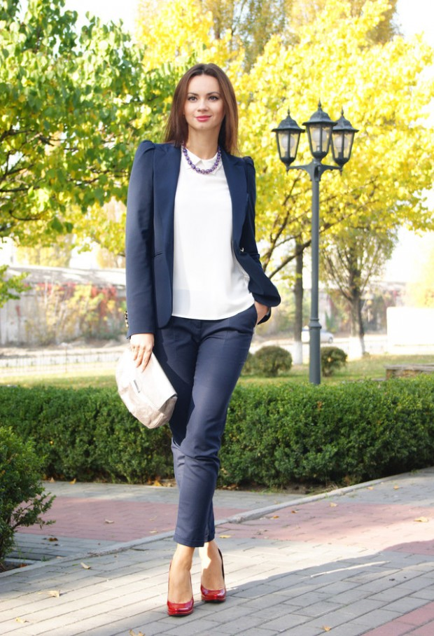 20 Amazing Office Chic Outfit Combinations (10)