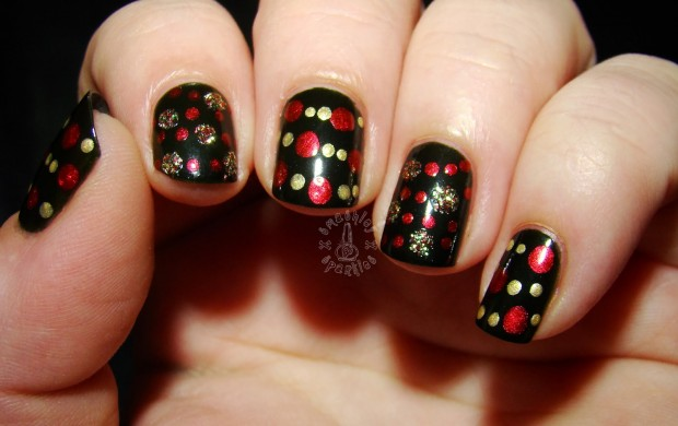 20 Festive Nail Art Ideas for New Year's Eve (11)