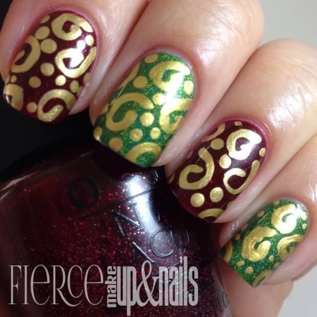 20 Sparkly and Glitter Nail Art Ideas in Christmas Spirit (4)
