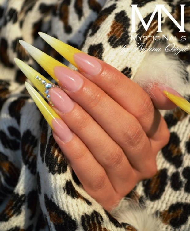 22 Unique and Extravagant Nail Designs