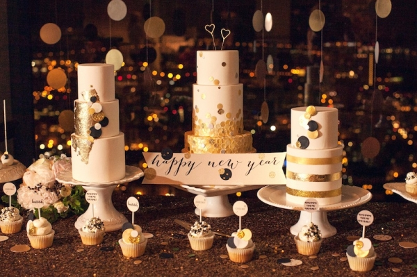 24 Dreamy New Year's Eve Wedding Ideas (11)
