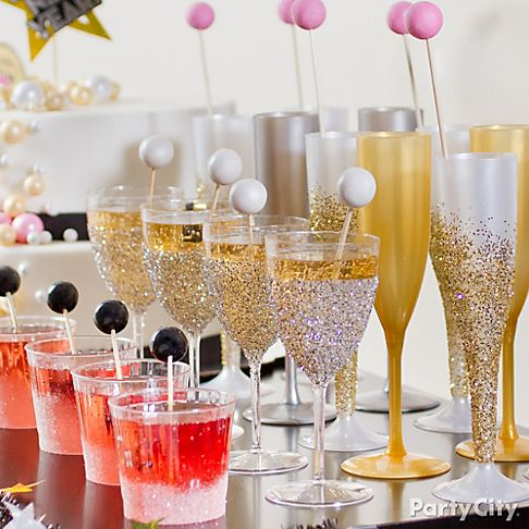 24 Great Ideas for The Best New Year Eve Party (14)