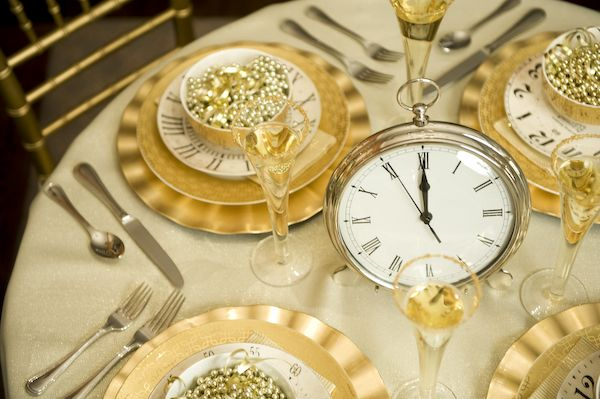 24 Great Ideas for The Best New Year Eve Party (17)