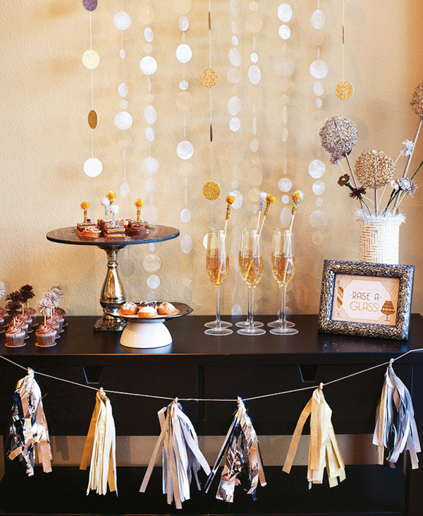 24 Great Ideas for The Best New Year Eve Party (21)