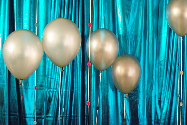 24 Great Ideas for The Best New Year Eve Party (23)
