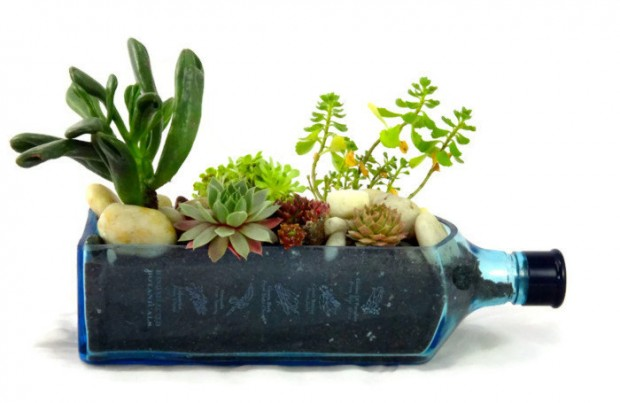 25 Cool and Handmade Planter Designs (9)