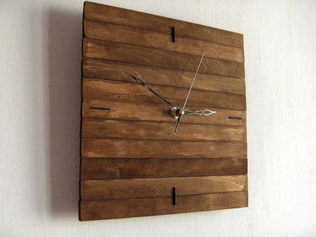 26 Extremely Creative Handmade Wall Clocks