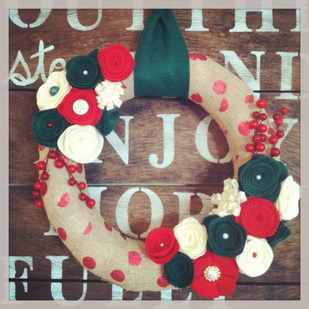 28 Fascinating Handmade Christmas Wreath Designs (17)
