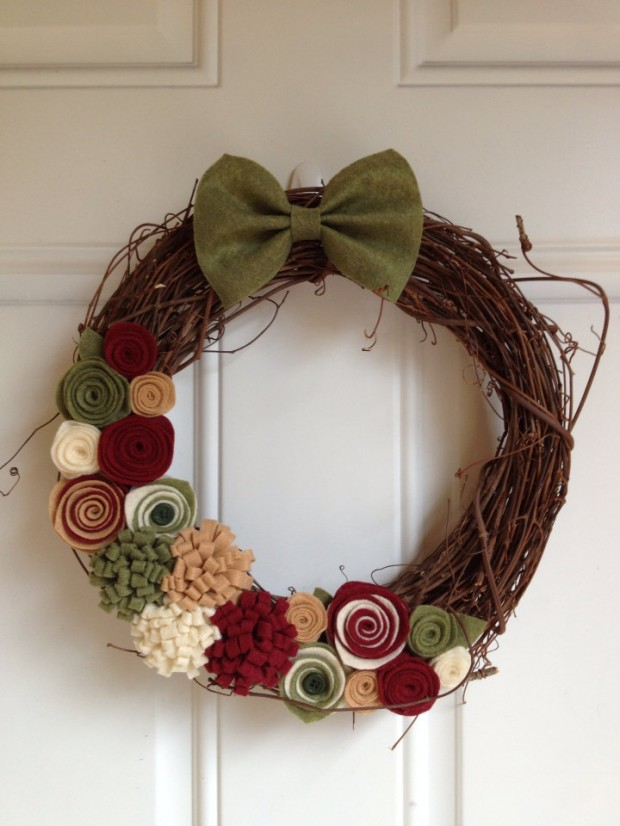 28 Fascinating Handmade Christmas Wreath Designs (28)