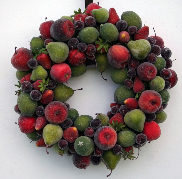 28 Fascinating Handmade Christmas Wreath Designs (7)