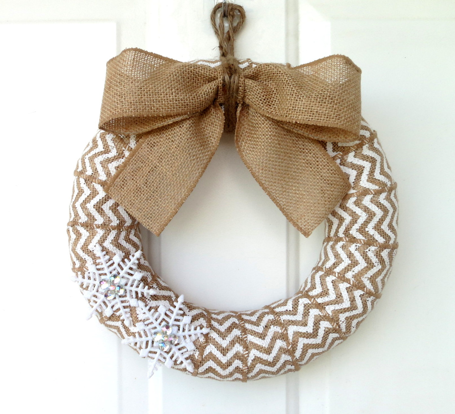 28 fascinating handmade christmas wreath designs style for Burlap designs