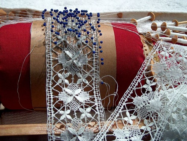 4 DIY Lace Projects