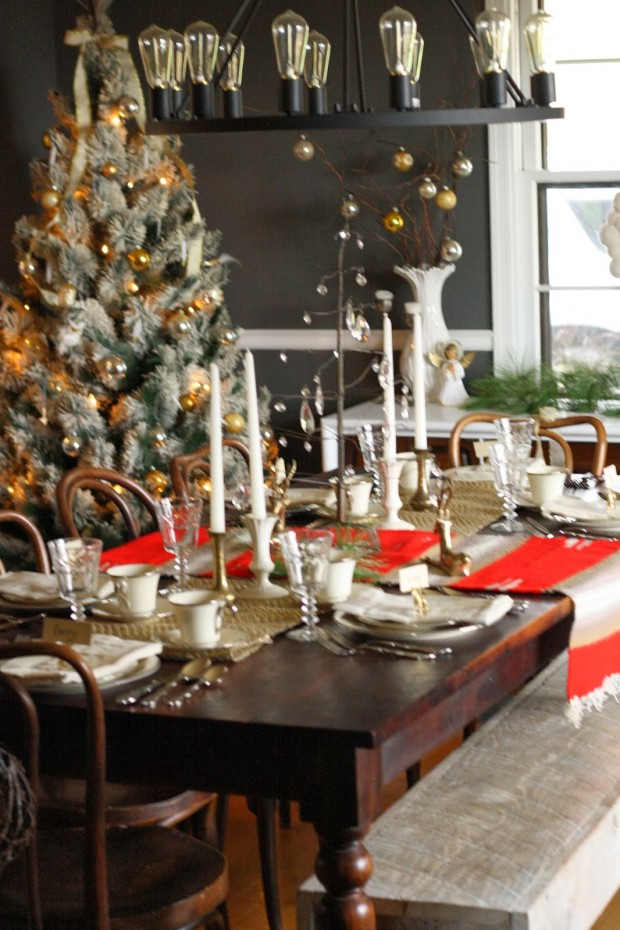 How to Decorate Your Dining Table For Christmas 20 Stunning Ideas (16)