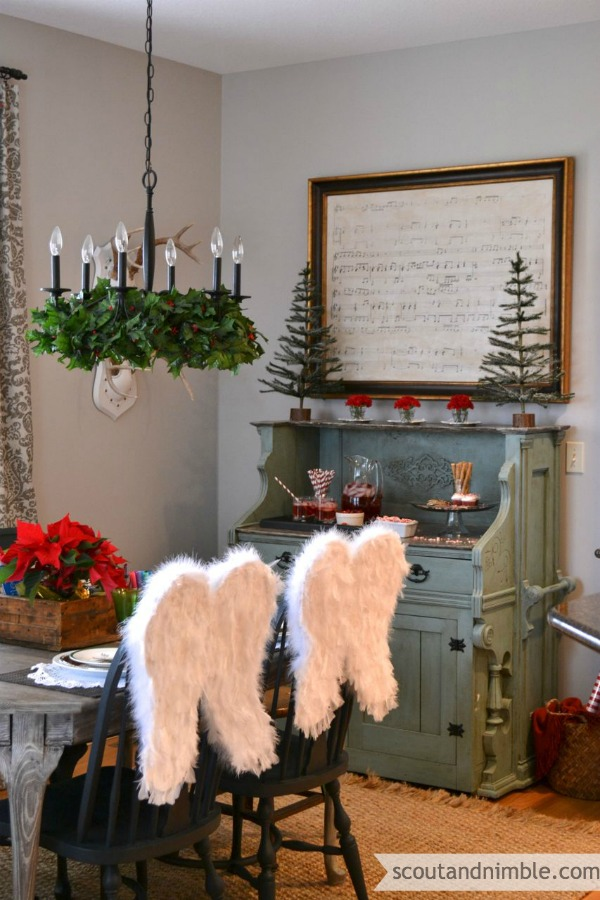 How to Decorate Your Dining Table For Christmas 20 Stunning Ideas (18)
